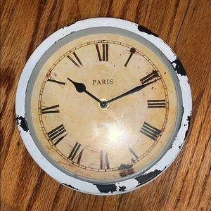 Paris themed clock